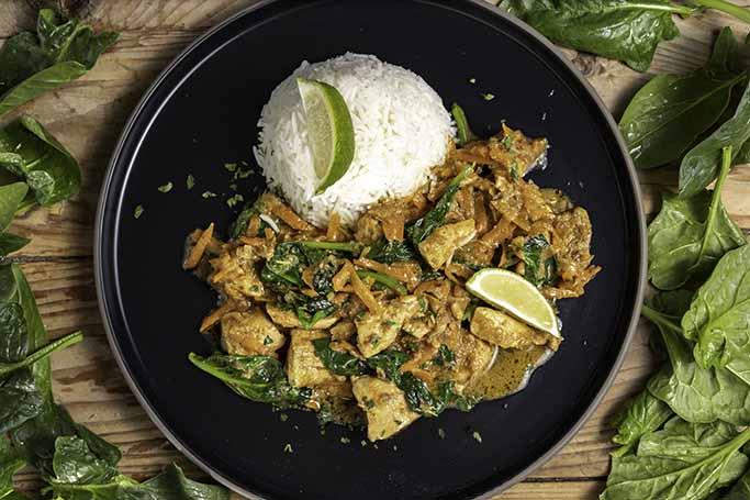 Tajlandski-crveni-curry-s-piletinom